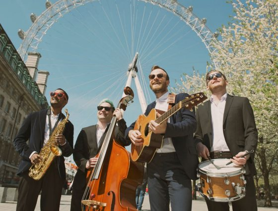 THE MOBILES | ROAMING ACOUSTIC